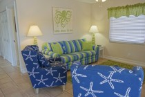 Champagne-Shores-Living-Room-02