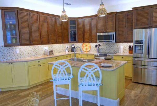 305-74th-St-Kitchen-02.jpg