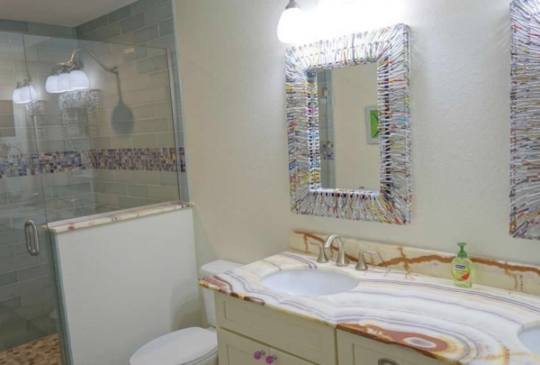 305-74th-St-Bathroom-03.jpg
