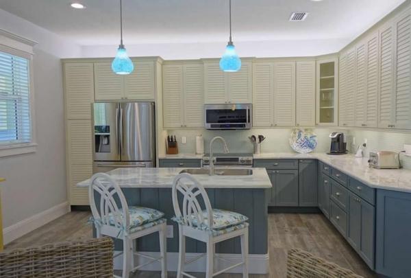 307-74th-St-Kitchen-02.jpg