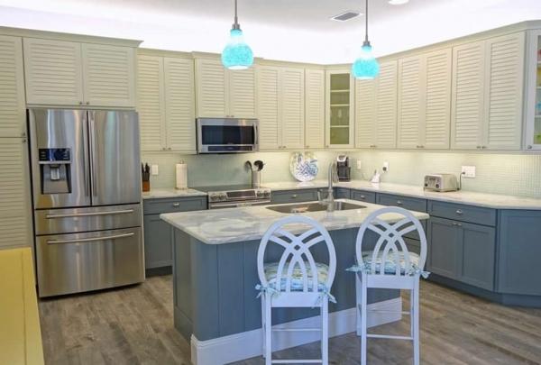 307-74th-St-Kitchen-01.jpg
