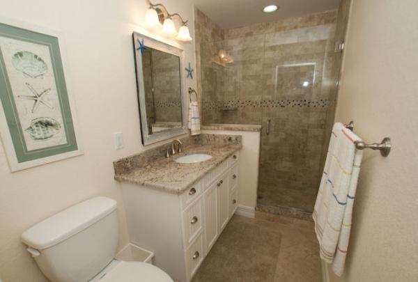 205-69th-St-Bathroom-05.jpg