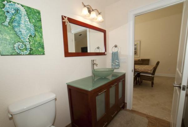 205-69th-St-Bathroom-02.jpg